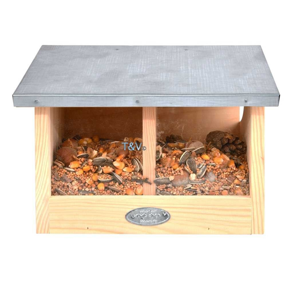 Esschert Design Squirrel feeder double (WA57 - 8714982162671) | Trends & Vision